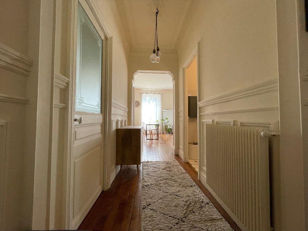 Appartement à louer 3 79.94m2 à Nogent-sur-Marne vignette-4
