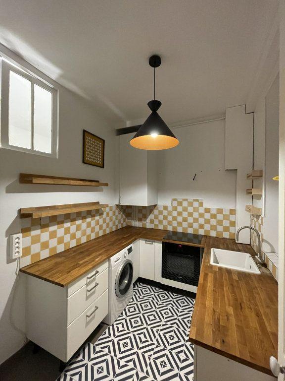 Appartement à louer 3 79.94m2 à Nogent-sur-Marne vignette-6