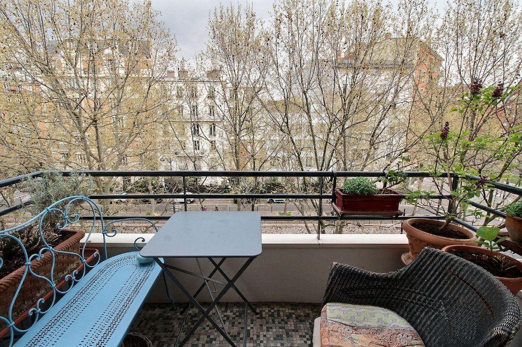 Appartement à vendre 5 108.04m2 à Paris 12 vignette-1