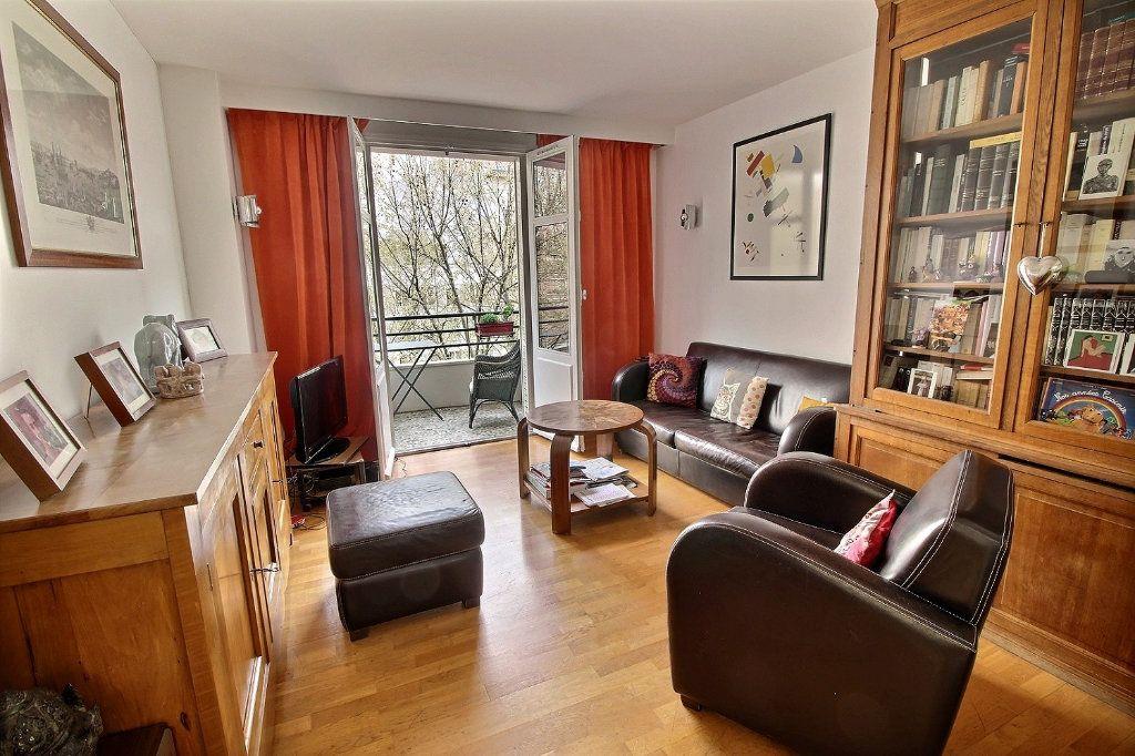 Appartement à vendre 5 108.04m2 à Paris 12 vignette-2