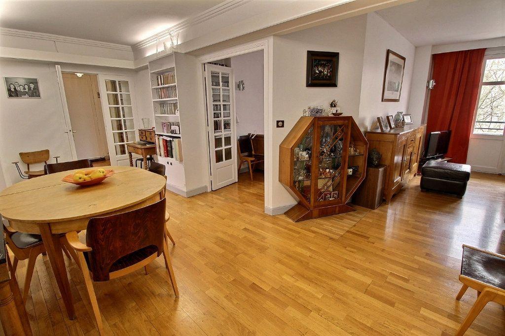 Appartement à vendre 5 108.04m2 à Paris 12 vignette-3