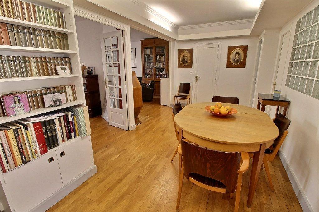 Appartement à vendre 5 108.04m2 à Paris 12 vignette-4