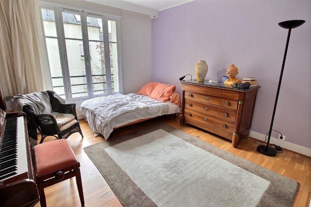 Appartement à vendre 5 108.04m2 à Paris 12 vignette-6