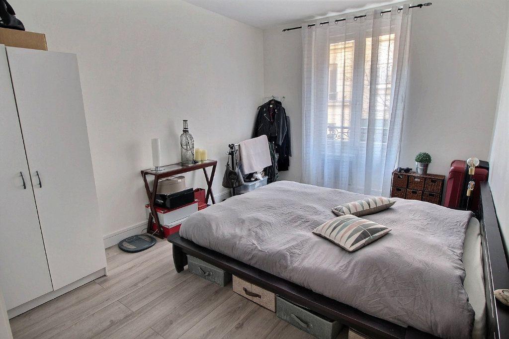 Appartement à vendre 4 77.87m2 à Vincennes vignette-3