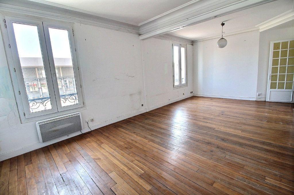 Appartement à vendre 4 81.22m2 à Vincennes vignette-3