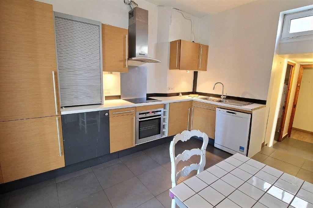 Appartement à vendre 4 81.22m2 à Vincennes vignette-4