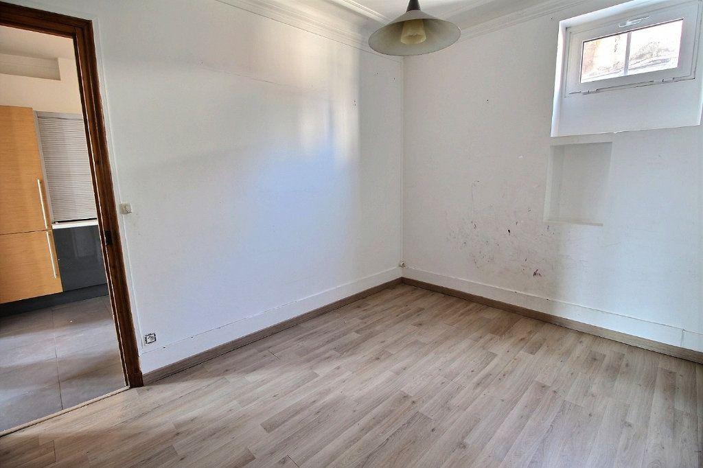 Appartement à vendre 4 81.22m2 à Vincennes vignette-5