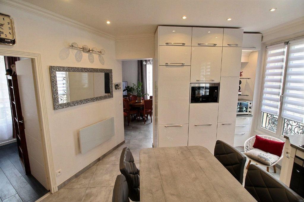Appartement à vendre 3 59.72m2 à Vincennes vignette-1