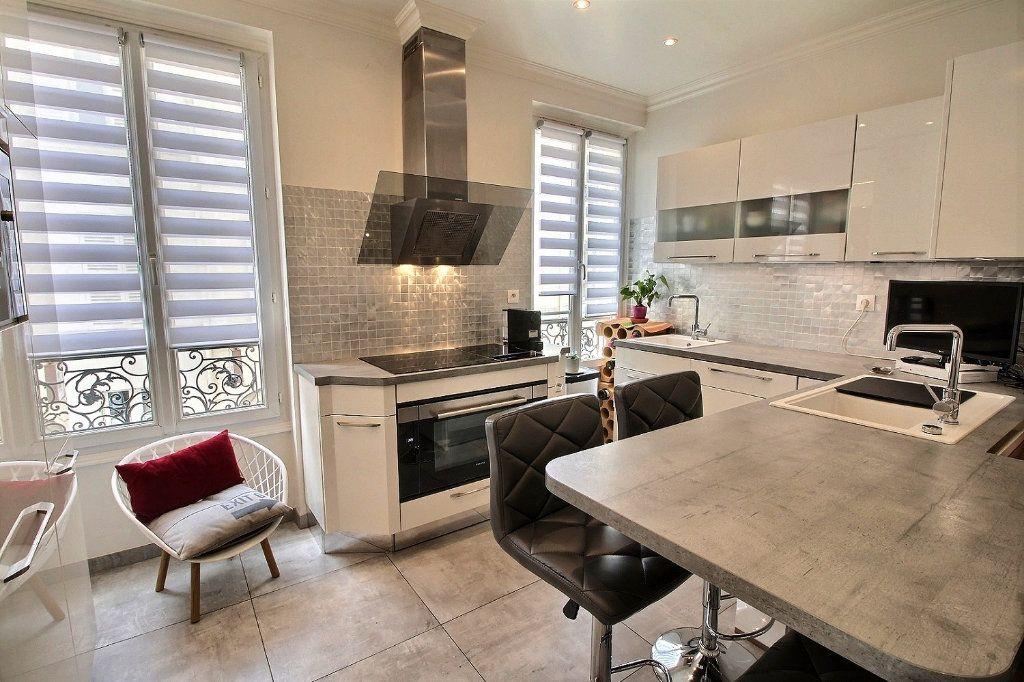 Appartement à vendre 3 59.72m2 à Vincennes vignette-2