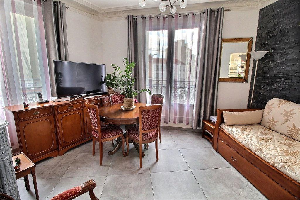 Appartement à vendre 3 59.72m2 à Vincennes vignette-3