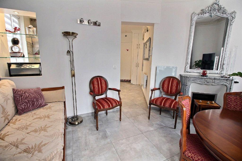 Appartement à vendre 3 59.72m2 à Vincennes vignette-4