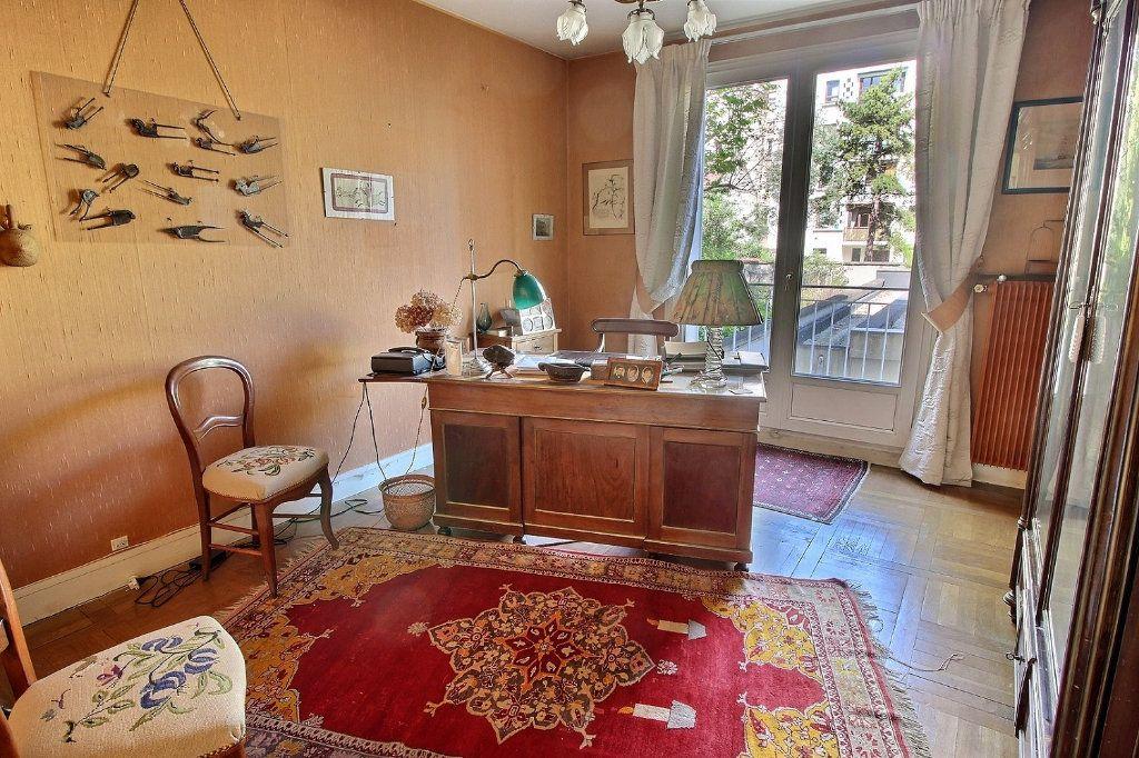 Appartement à vendre 4 100m2 à Vincennes vignette-4
