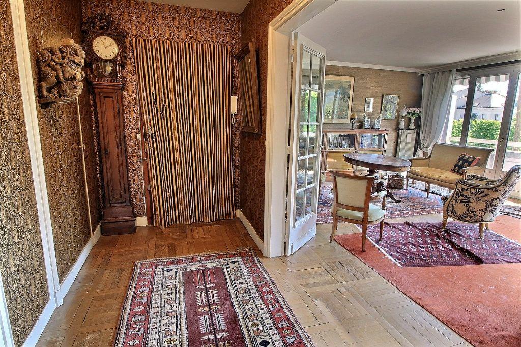 Appartement à vendre 4 100m2 à Vincennes vignette-5