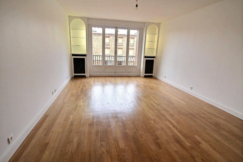 Appartement à louer 3 78.32m2 à Vincennes vignette-1