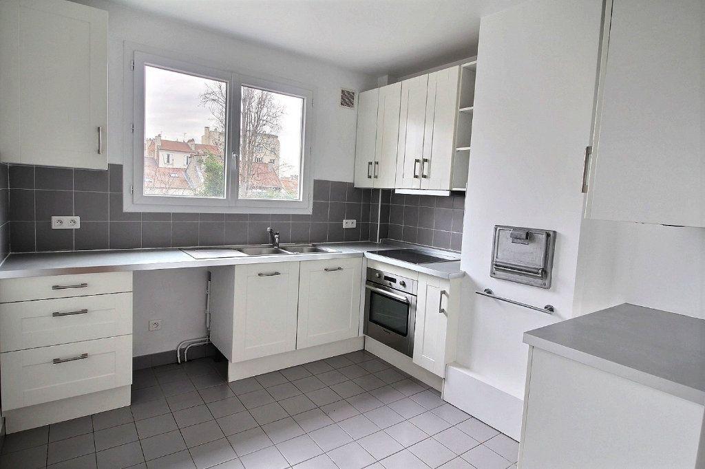 Appartement à louer 3 78.32m2 à Vincennes vignette-2