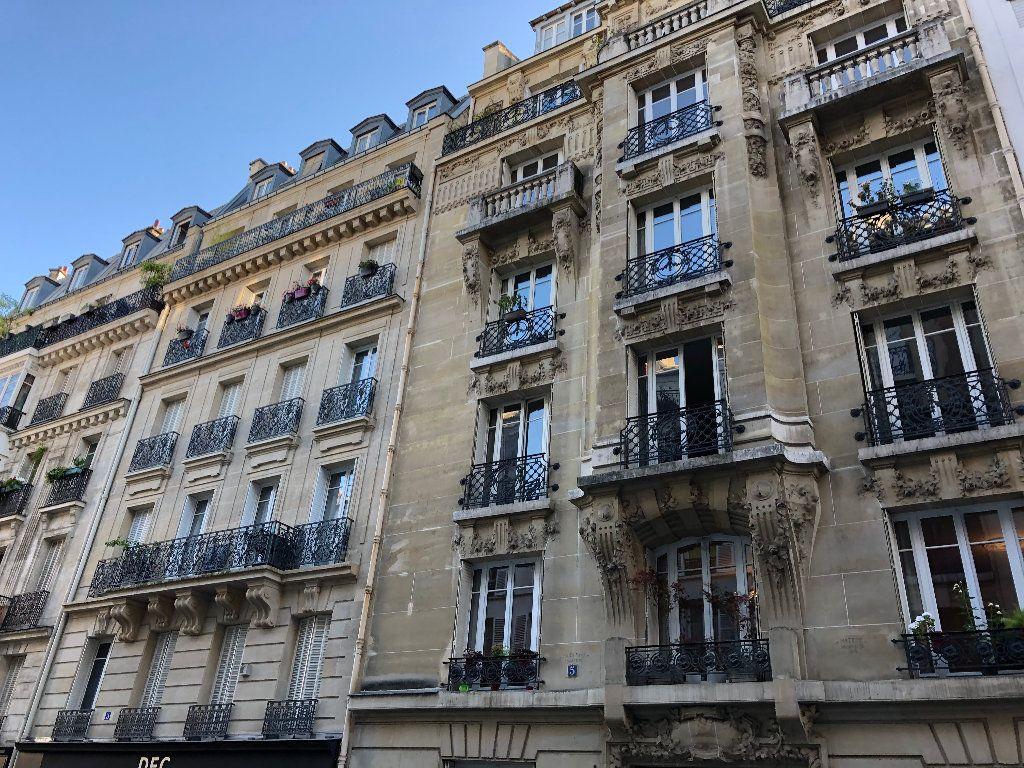 Appartement à louer 5 136.4m2 à Paris 12 vignette-1