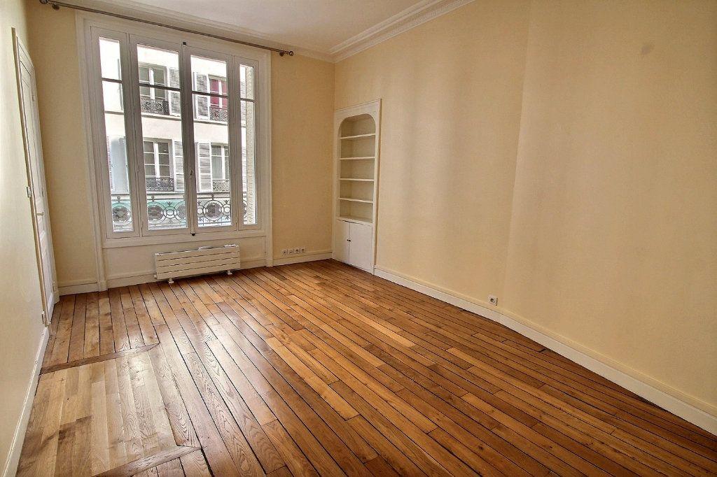 Appartement à louer 5 136.4m2 à Paris 12 vignette-5