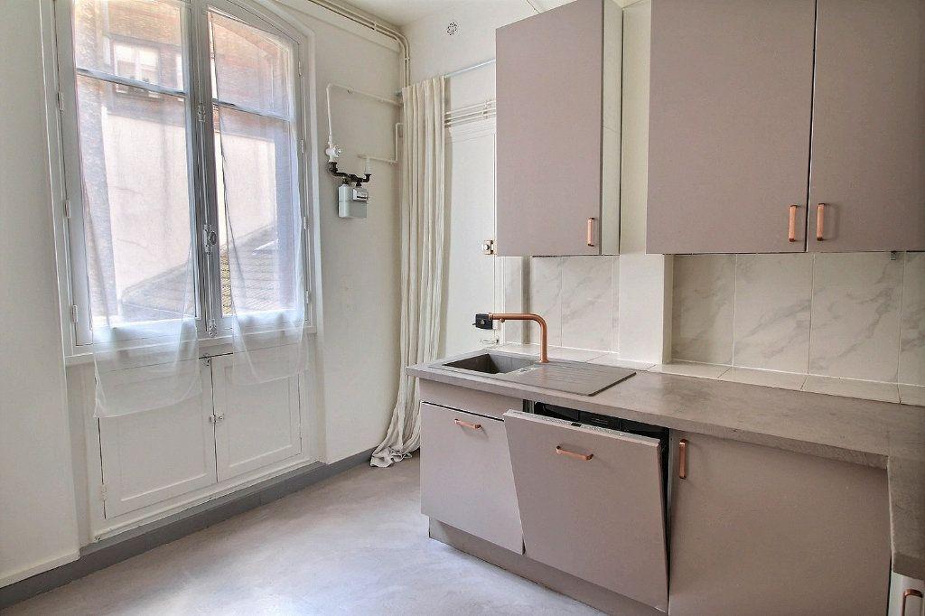Appartement à louer 5 136.4m2 à Paris 12 vignette-8