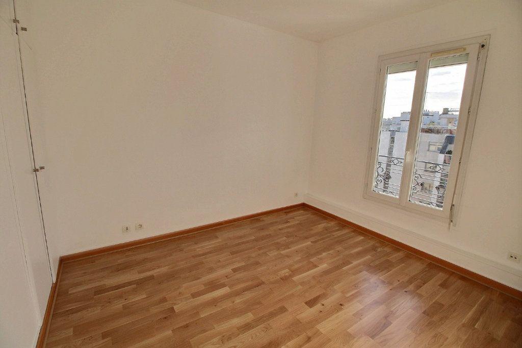Appartement à louer 4 77.71m2 à Vincennes vignette-6