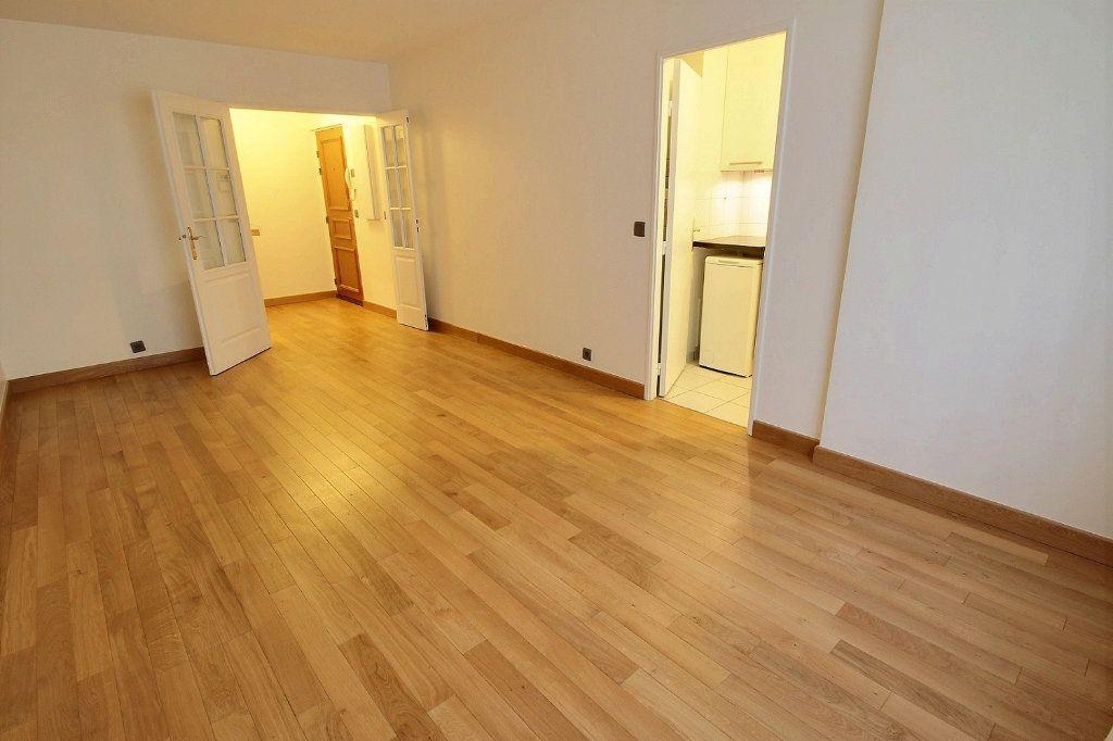 Appartement à louer 2 48m2 à Vincennes vignette-3