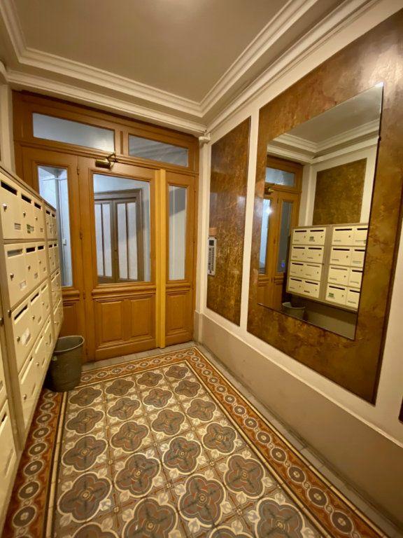 Appartement à vendre 1 13.94m2 à Paris 11 vignette-3