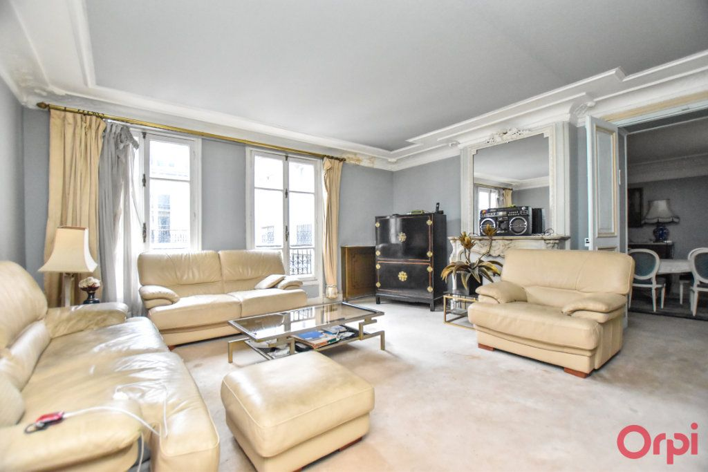Appartement à vendre 5 125m2 à Paris 9 vignette-3