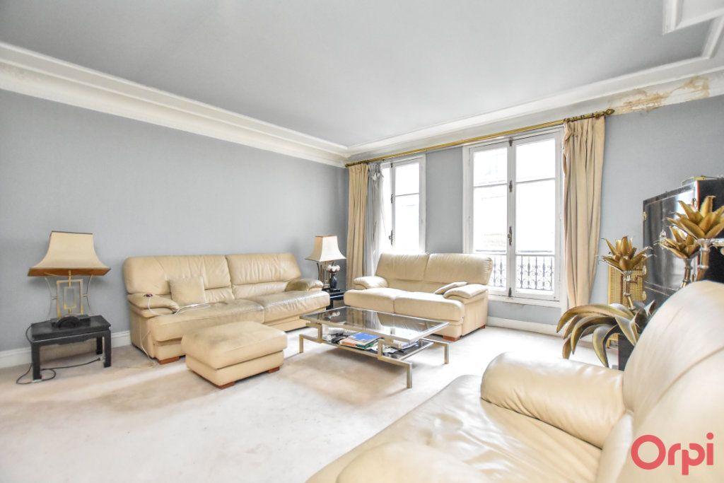 Appartement à vendre 5 125m2 à Paris 9 vignette-6