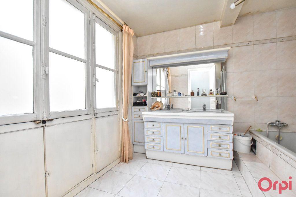 Appartement à vendre 5 125m2 à Paris 9 vignette-10