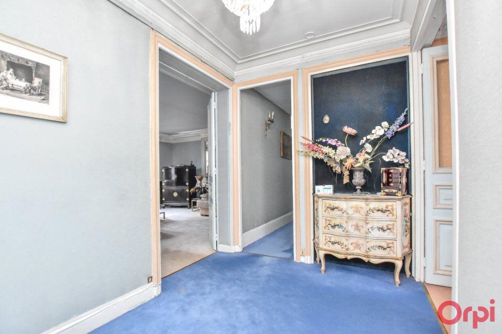 Appartement à vendre 5 125m2 à Paris 9 vignette-17
