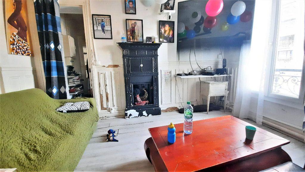 Appartement à vendre 2 36.25m2 à Paris 18 vignette-1
