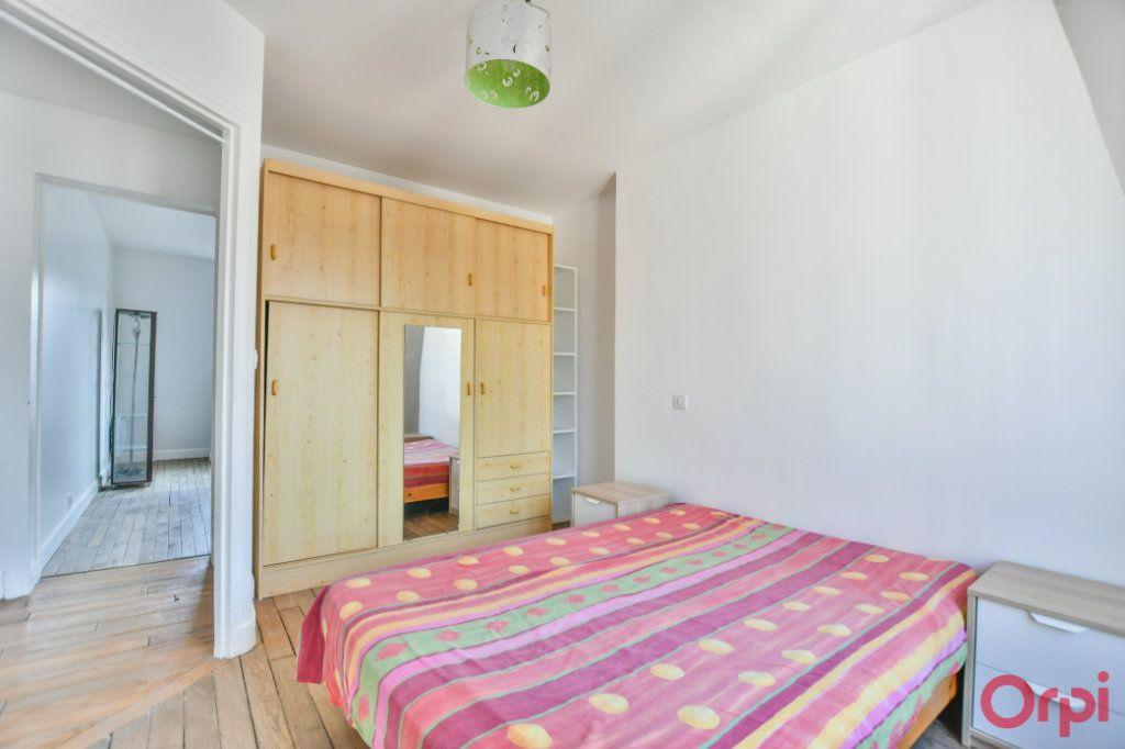 Appartement à vendre 2 30.82m2 à Paris 18 vignette-8