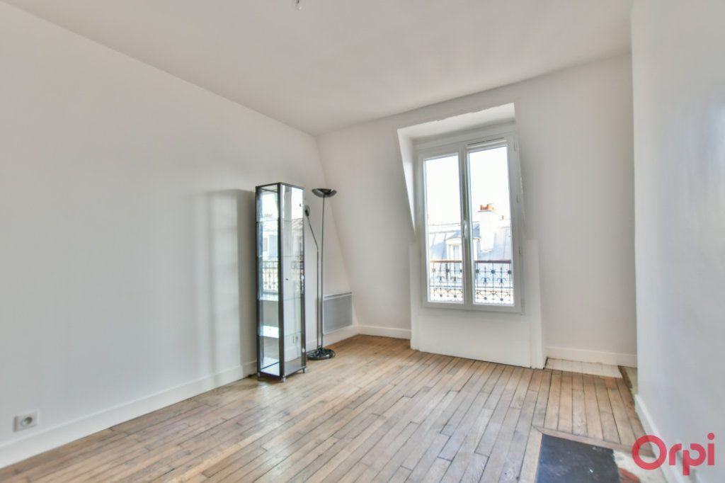 Appartement à vendre 2 30.82m2 à Paris 18 vignette-10