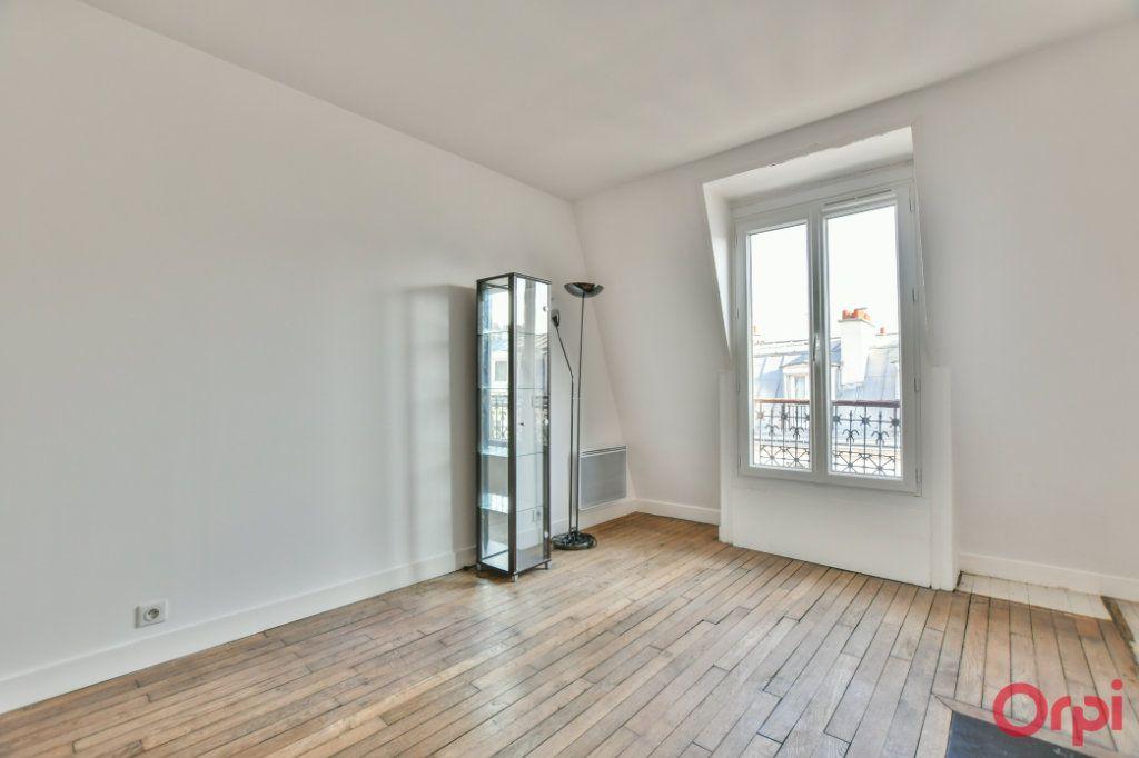 Appartement à vendre 2 30.82m2 à Paris 18 vignette-11