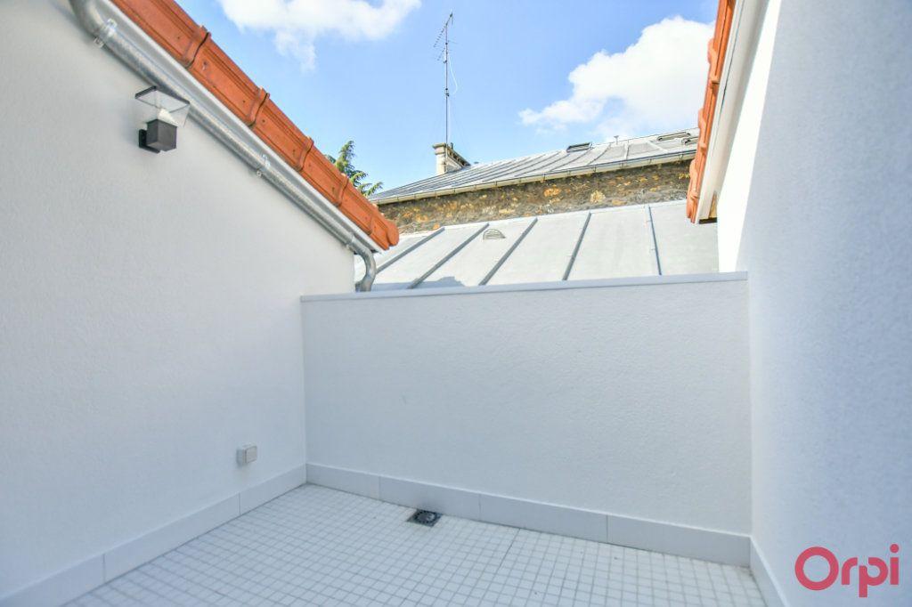 Appartement à vendre 4 93m2 à Paris 18 vignette-6