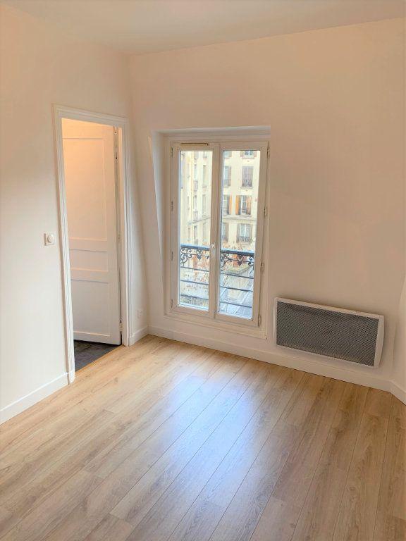 Appartement à vendre 1 19.75m2 à Paris 18 vignette-2