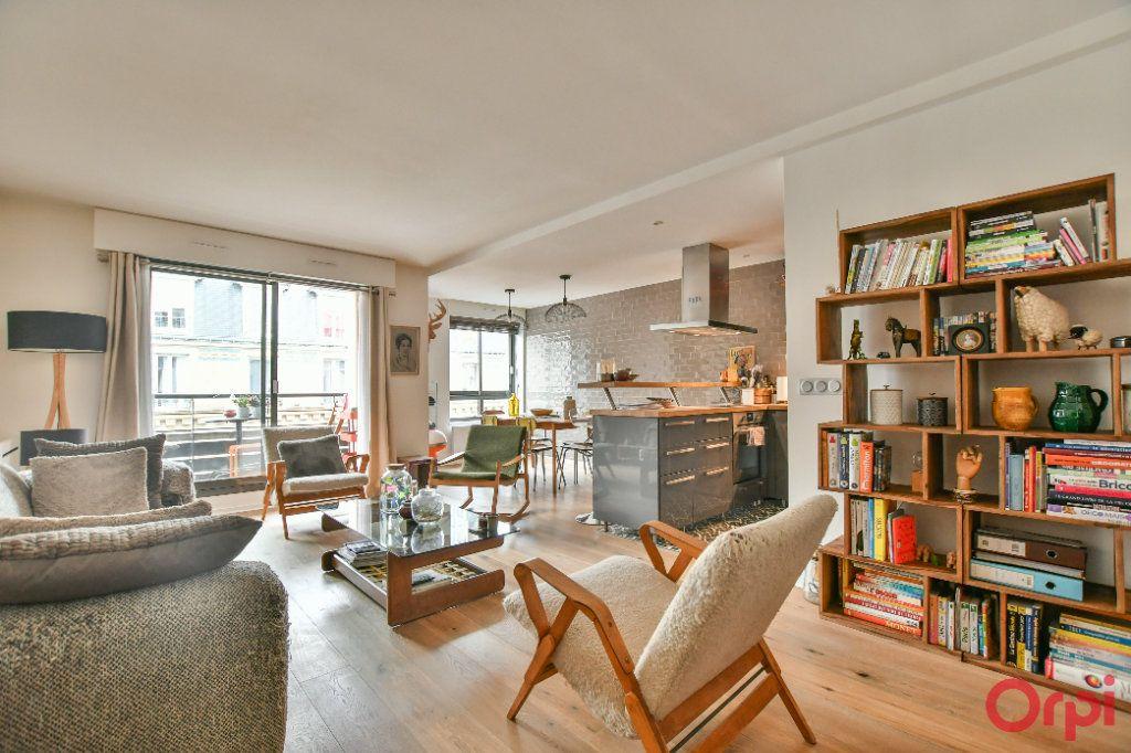 Appartement à vendre 3 76.67m2 à Paris 19 vignette-2