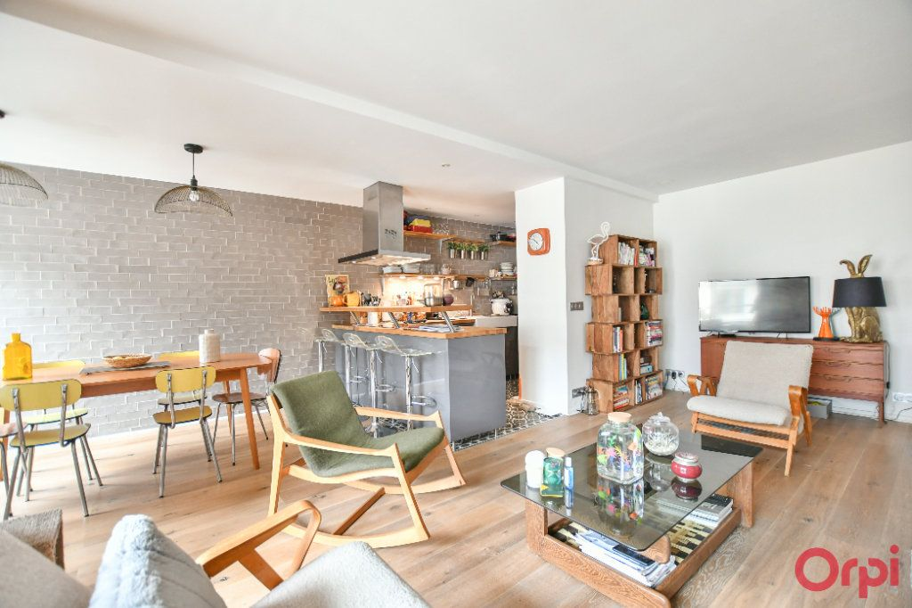 Appartement à vendre 3 76.67m2 à Paris 19 vignette-8