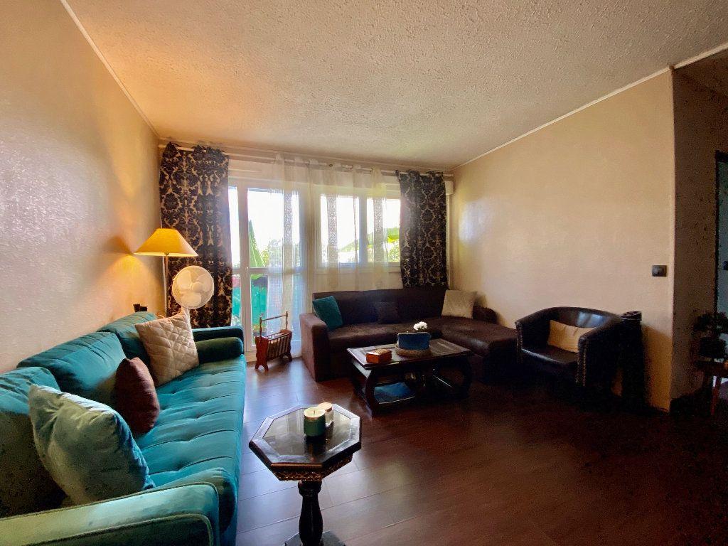 Appartement à vendre 3 56m2 à Aubergenville vignette-2
