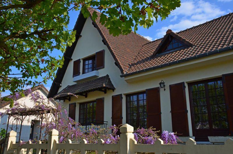 Maison à vendre 6 122m2 à Épône vignette-1