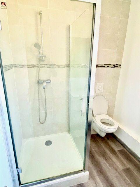 Appartement à louer 3 55.79m2 à Mézières-sur-Seine vignette-6