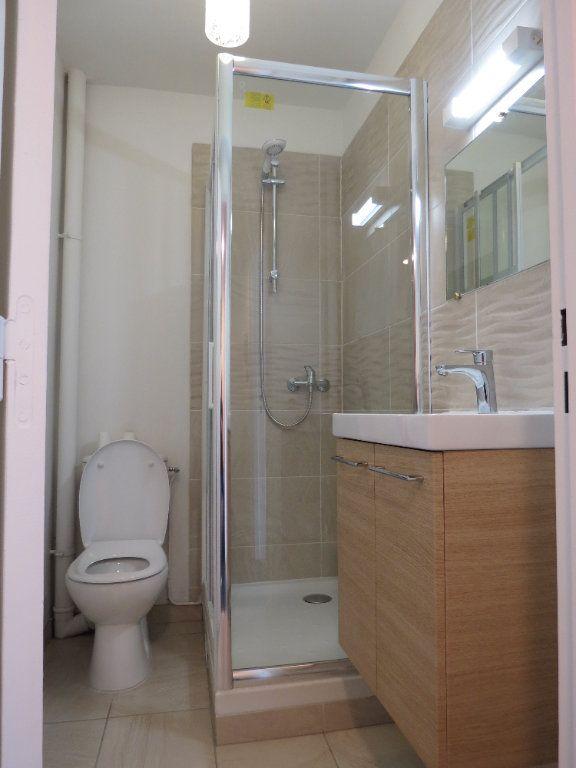 Appartement à louer 1 20.77m2 à Aubergenville vignette-4