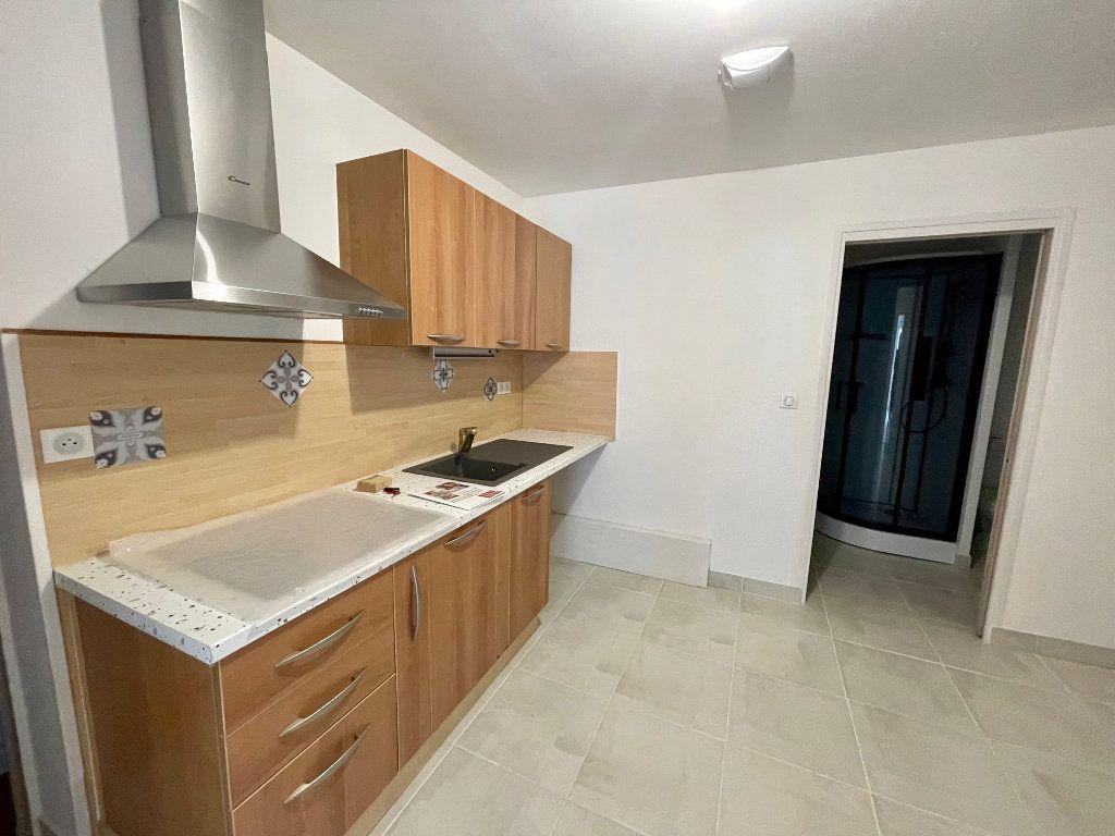 Appartement à louer 2 51.66m2 à Nézel vignette-2