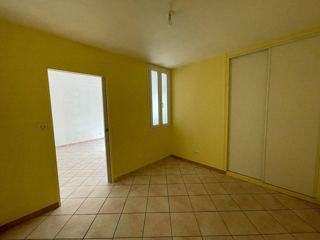 Appartement à louer 2 51.66m2 à Nézel vignette-5