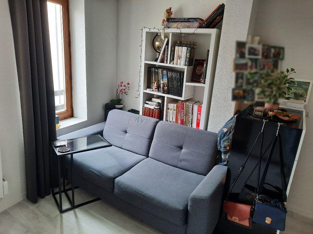 Appartement à louer 1 20.72m2 à Épône vignette-2