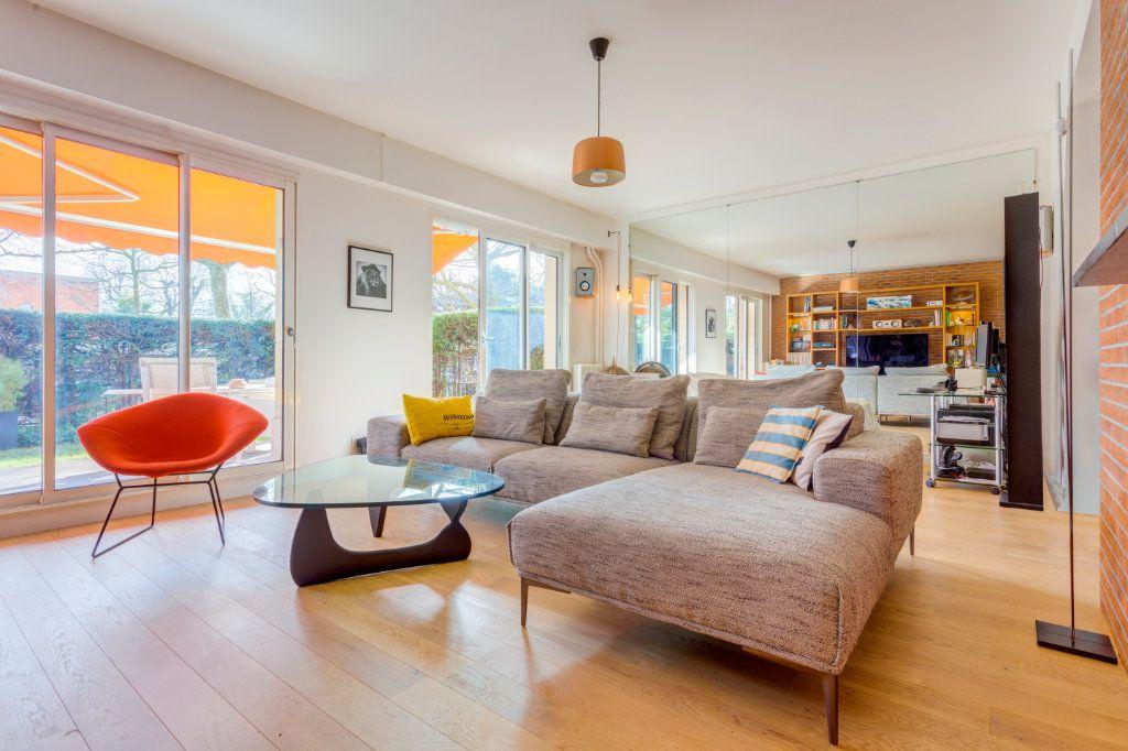 Appartement à vendre 2 69.91m2 à La Varenne - Saint-Maur-des-Fossés vignette-1
