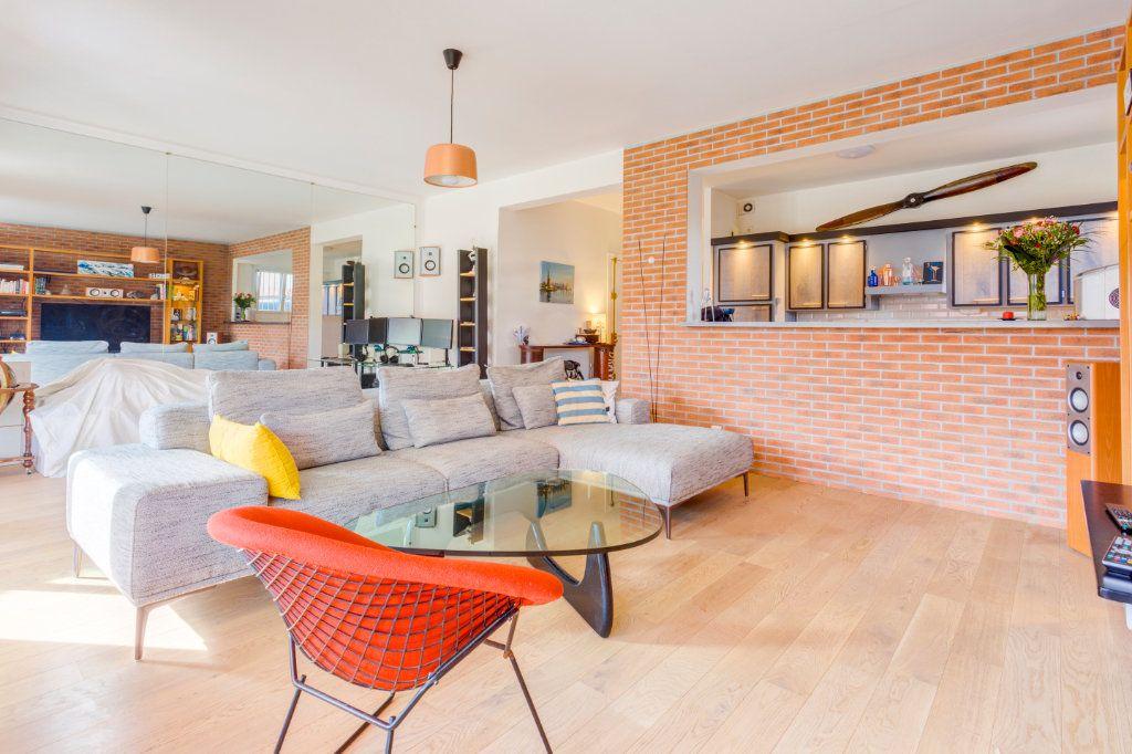 Appartement à vendre 2 69.91m2 à La Varenne - Saint-Maur-des-Fossés vignette-2