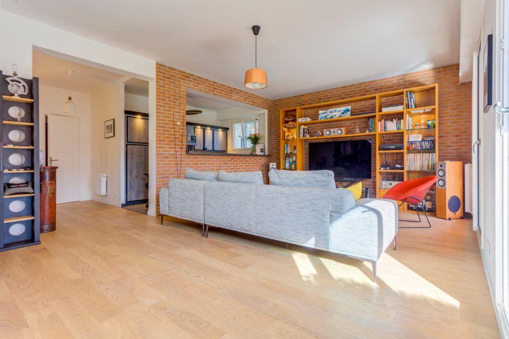 Appartement à vendre 2 69.91m2 à La Varenne - Saint-Maur-des-Fossés vignette-3