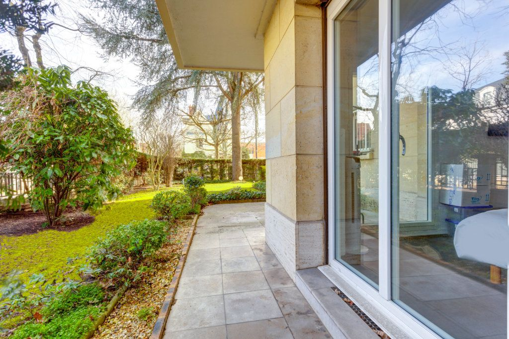 Appartement à vendre 2 69.91m2 à La Varenne - Saint-Maur-des-Fossés vignette-8