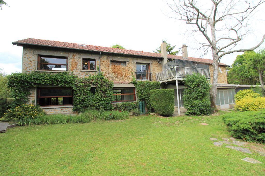 Maison à vendre 8 180m2 à Chelles vignette-2