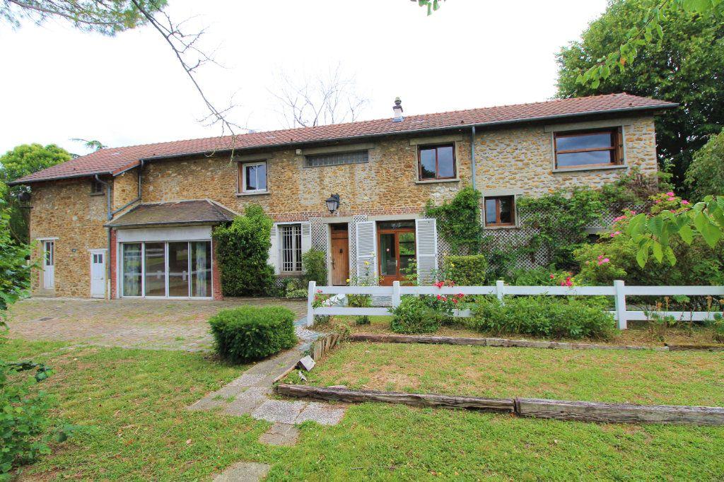 Maison à vendre 8 180m2 à Chelles vignette-4